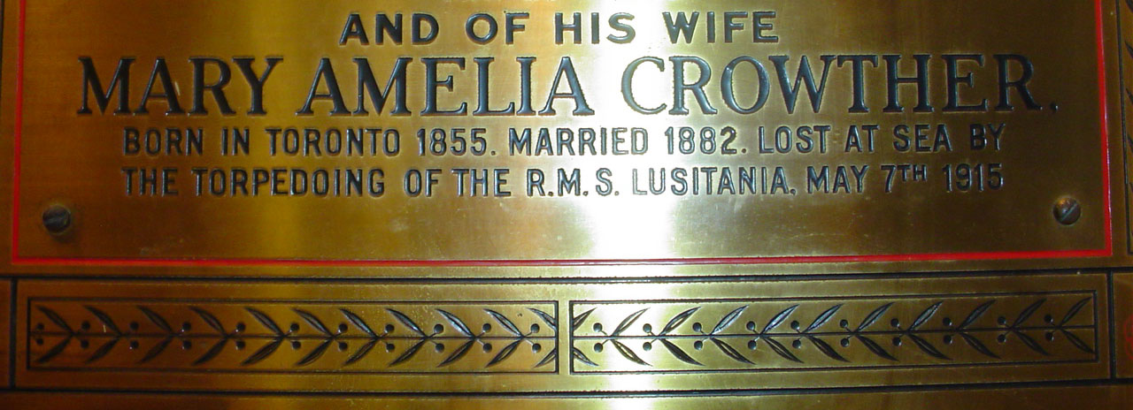 Plaque detail